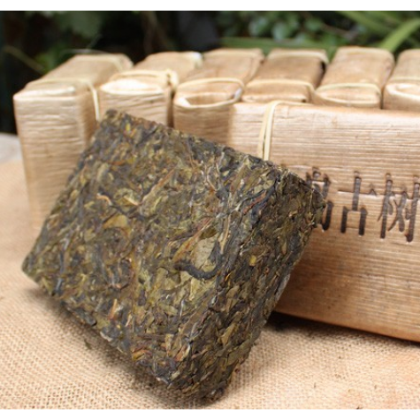 Antique Yunnnan Puer Brick Tea 4